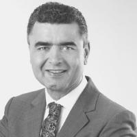 Dr. Derek Mahony