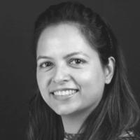 Dra. Nitika Poonia - Docente PgO UCAM